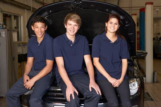 UK apprenticeships a priority for the government