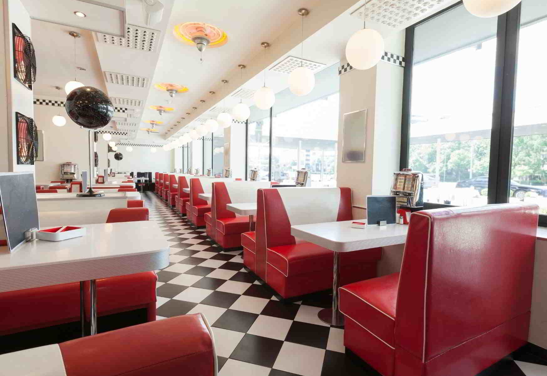 We are literally desperate': Restaurants struggle to find staff amid skills shortage