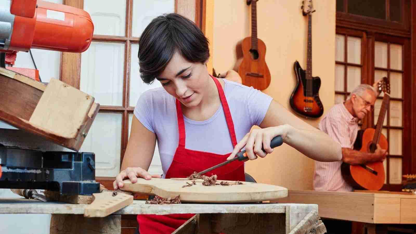 Apprenticeship scheme extended, but still not enough women